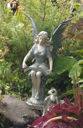 fairy marlene in garden1